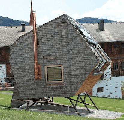 Minimalist tiny house tiny house websites for Tiny minimalist house
