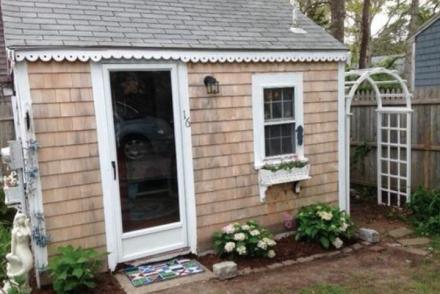 Tiny Adobe House Has A Big Price Tag Tiny House Websites