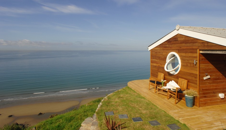 Stunning Tiny Beach House Websites