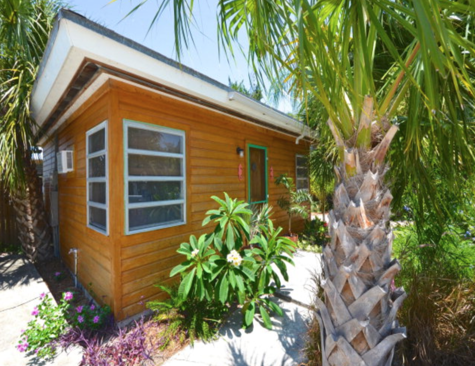 Tropical Island Beach House: Want A Tropical Tiny House In The Keys? Tiny House Websites